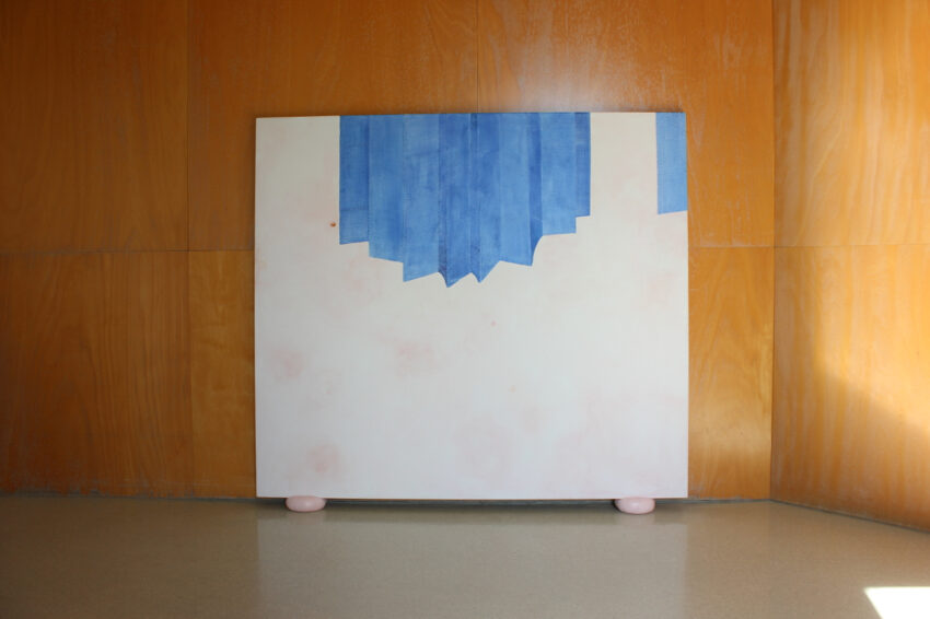 Painting installation - collect contemporary art